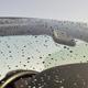 どうせすぐに雨で汚れるから不要? 梅雨時期は洗車をしなくても問題ないのか
