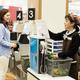 日本が積極的に最低賃金を引き上げるべき理由