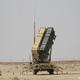 サウジアラビアのプリンス・スルタン空軍基地の近くに展開した地対空ミサイルシステム「パトリオット」(2020年2月20日撮影、資料写真)。(c)ANDREW CABALLERO-REYNOLDS / POOL / AFP