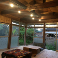 大工の中村さんのこだわりが詰まっている天井(画像提供/HUB a