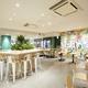 大豆ミートのプレートも!人気スムージー店「Jamba」が世界初となるデリカフェをオープン