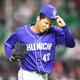 初回からコントロールが定まらず、厳しい表情を見せる中日先発の笠原祥太郎
