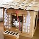 飼い猫が「神様」に ダンボールハウス「ネコ神社ハウス」が登場