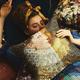 """フランフラン""""奇妙な博物館""""を表現したアートなインテリア、名画のクッションカバーやオブジェ"""