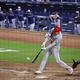 ブルージェイズ戦の七回2死三塁、エンゼルスの大谷翔平は第4打席で右前に5−5となる同点適時打を放つ(撮影・山田結軌)