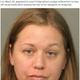 娘のとんでもない行為を動画撮影した30歳母親(画像は『The Sun 2019年7月13日付「YOU'RE LICKED Mum arrested after daughter, 10, 'LICKS tongue depressor at doctor's surgery then puts it back'」(Credit: CBS)』のスクリーンショット)