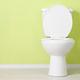 トイレの臭いが生じる原因や発生源、日常的なお手入れから大掃除レベルの掃除方法をご紹介します。