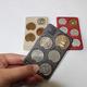 硬貨を収納するカード型の樹脂製品「COinCA(コインカ)」