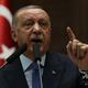 トルコ・アンカラで、自党の議員会合で演説するレジェプ・タイップ・エルドアン大統領(2019年10月16日撮影)。(c)Adem ALTAN / AFP
