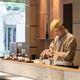 1803年創業、京菓子の老舗「鶴屋吉信 TOKYO MISE」でいただく、作りたての和菓子と日本茶【日本橋の日本茶カフェ】