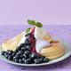 20日間限定!スフレパンケーキ専門店「フリッパーズ」に国産ブルーベリーたっぷりのパンケーキが登場♡