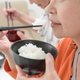 無意識だけどとても重要!「食べる・飲み込む」という動作のメカニズム
