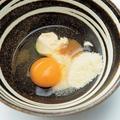 生卵とマヨネーズ粉チーズ