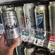 韓国のコンビニの棚に並ぶ日本のビール(資料写真)=(聯合ニュース)