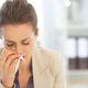 鼻に症状を持つ女性