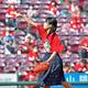 始球式を務める御調高の前生徒会長の角森巴海さん=マツダスタジアム(撮影・立川洋一郎)