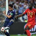 日本守備陣では昌子(左)が最高評価を得た。ルカク(右)ら世界