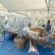 鳥インフルエンザの発生を受け防疫作業に当たる関係者(26日、兵庫県淡路市で=兵庫県提供)