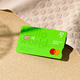 TransferWise、手数料約75%割安なデビットカード発行開始 57通貨の保有可能、レートが良い通貨の自動両替機能も