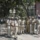 印ベンガルールで警備に当たる警察官ら(2019年3月28日撮影、資料写真)。(c)AFP=時事/AFPBB News