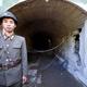 5月24日、爆破に先立ち外国記者団に公開された北朝鮮核実験場の3番坑道(韓国写真共同取材団)