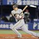 6回1死一塁、この日初安打となる左前安打を放った坂本勇人