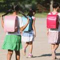 児童虐待相談対応件数は年間13万件以上。対して児童福祉司はわ