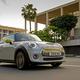 ミニクーパーSE発表。BMW初となるフル電気自動車