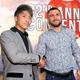 WBO総会で、握手を交わす井上尚弥(左)とロマチェンコ