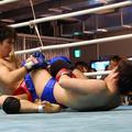 伊藤は電光石火のアキレス腱固めで勝負をつけた!