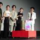 映画「スマホを落としただけなのに 囚われの殺人鬼」の公開初日舞台あいさつに登場した(左から)田中圭、北川景子、千葉雄大、白石麻衣、成田凌=東京・TOHOシネマズ日比谷