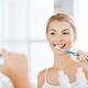 歯科医が開発!法令線が消える歯ブラシ「キャンディー歯ブラシ」をご紹介