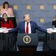 講演するトランプ米大統領=12日、ニューヨーク(EPA時事)