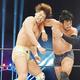 G1開幕戦で飯伏はKENTA(右)と激闘を繰り広げた(新日本プロレス提供)