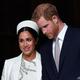 英国のヘンリー王子(右)とメーガン妃(2019年3月11日撮影、資料写真)。(c)Ben STANSALL / AFP