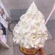生クリーム激盛り!ワンコインで北海道の乳製品を堪能できるスイーツに注目