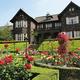 バラが咲き誇る旧古河庭園(写真/東京都公園協会)