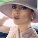 あのドレス姿を再び見せてくれたジェニファー・ロペス(画像は『Jennifer Lopez 2019年9月19日付Instagram「Blushing」』のスクリーンショット)