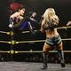 イオはトニー(右)にドロップキック(C)2020 WWE, Inc. All Rights Reserved.
