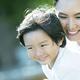 アスペルガー症候群は、自閉症に類似性がある「広汎性発達障害」に含まれる疾患です。身近な子ども同士の付き合いが困難、興味が限定的、日常の行動がパターン化しやすいといった症状が特徴的。