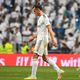 19-20スペイン1部リーグ第2節、レアル・マドリード対レアル・バジャドリード。ピッチを後にするレアル・マドリードのギャレス・ベイル(2019年8月24日撮影)。(c)GABRIEL BOUYS / AFP