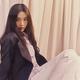 Red Velvetジョイ、スニーカーを使ったカジュアルコーデに挑戦!ラブリーな魅力にファンメロメロ【PHOTO】