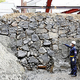 江戸城三の丸地区で発見された江戸時代初期の石垣(13日午前、皇居で)=泉祥平撮影