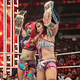 WWE女子タッグ王座を奪取したアスカ(左)とカイリ(C)-2019-WWE,-Inc.-All-Rights-Reserved.