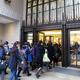 伊勢丹新宿本店でセール開始 開店15分で6千人が来館