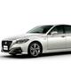 トヨタ自動車が2018年6月に販売した、現行モデルの15代目「クラウン」=同社提供