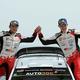 世界ラリー選手権第7戦、ラリー・ポルトガル最終日。コドライバーと優勝を喜ぶトヨタのオット・タナック(右、2019年6月2日撮影)。(c)MIGUEL RIOPA / AFP