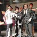 '14年夏、入江慎也は詐欺グループ首謀者の誕生パーティに参加。