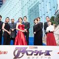(前列左から)秋元才加、米倉涼子、内田有紀、百田夏菜子、(後列