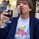 世界初「コオロギビール」 味は?